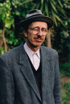r.crumb in a cheap suit