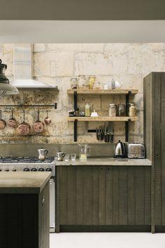 LIV for Interiors / Modern Rustic deVOL Kitchen