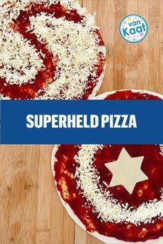 Mak ook het eten en taart in het feestthema. Geef je een superheld kinderfeestje? Maak dan eens een superheld pizza! Pizza, Blog, Superheroes, Blogging