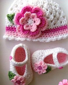 How to knit a very easy crochet hat – Page 10 of 35 – crochetsamples. com How to knit a very easy crochet hat crochet,. Easy Crochet Hat, Crochet Baby Beanie, Baby Girl Crochet, Crochet Baby Clothes, Crochet Baby Shoes, Newborn Crochet, Baby Knitting, Blanket Crochet, Booties Crochet