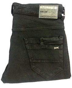 Ripped Jeans Men, Jeans Pants, Denim Jeans, Leather Label, Pocket Pattern, Label Design, Swagg, Jeans Style, Mens Fashion