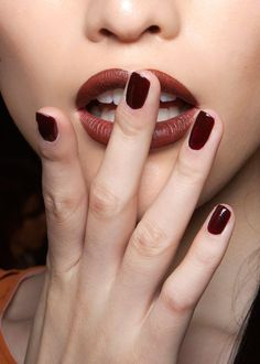 matching lips and nails #nails #lips #edenbyedensassoon