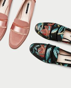 Women's Shoes | Pre-Fall 2017 | ZARA France https://twitter.com/ShoesEgminfmn/status/895096695293329409