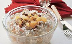 Frugtsalat med vaniljekvark Med frugtsalat med vaniljekvark kan dui lave en hurtig og nem dessert, som du og dine børn vil elske. Glæd dig