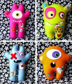 Merci Amy  du tuyau. Ça tombe parfaitement dans mes cordes!  MyLittleOogaBooga sont en vente ici Monster Dolls, Monster Crafts, Sock Monster, Stuffed Animal Patterns, Stuffed Animals, Ugly Dolls, Sock Animals, Clay Animals, Plush Pattern
