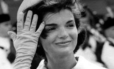 Google Image Result for http://www.writeonnewjersey.com/wp-content/uploads/2011/08/Jackie-Kennedy.jpg