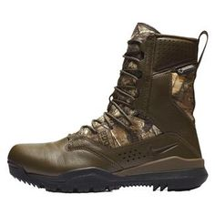 "NIKE 8"" SFB Field 2 Leather GTX Realtree Nike Co, Combat Boots, Men's Boots, Camo Patterns, Military Men, Discount Nikes, Cool Boots, Track And Field, Gore Tex"