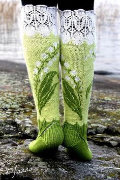 Lily of the Valley Socks pattern by Titta Järvensivu : These Lily of the valley -socks are a bit laborious yet very satisfactory knitting project. You'll use and learn different knitting techniques. Crochet Socks, Knitting Socks, Hand Knitting, Knit Crochet, Crochet Cats, Crochet Birds, Crochet Food, Crochet Animals, Knit Socks