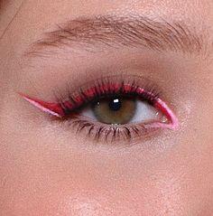 Nathalie Billio (@nathaliebillio) • Fotos e vídeos do Instagram Mascara, Eyeliner, Foto E Video, Girly, Make Up, Eyes, Instagram, Beauty, Style