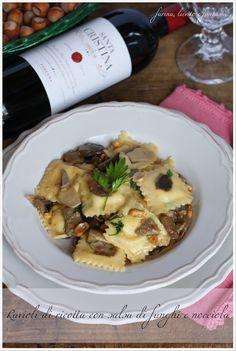 Ravioli di ricotta con salsa di funghi e nocciole   Farina lievito e fantasia