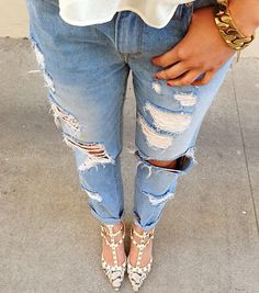 POV in the Jeremy Boyfriend Jeans #denimisforlovers