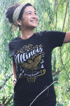Illinois Land of Lincoln Triblend Black Unisex T-shirt. Illinois Flourish Vintage Style Soft Screenprinted Midwest Women's Men's Tee Shirt