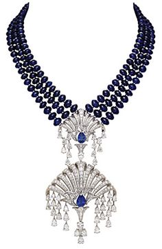 Van Cleef diamond pendant is a symbol of the water fountain,two pear-shaped sapphire diamond more than 8.27 karats. 211 sapphire beads weighing about 450 kt.