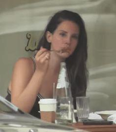 Lana Del Rey #LDR #GIF (Adorable!)