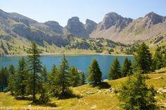 Le lac d'Allos depuis le parking du Laus (Haut-Verdon).