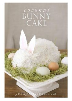 Easter Cakes, Easter Bunny Cakes, Cute Easter Cakes, Easter Coconut Cake and Easter Egg Cakes! Check out these beautiful and cute Easter Cakes! Easter Cake Easy, Easter Bunny Cake, Hoppy Easter, Easter Treats, Bunny Cakes, Bunny Birthday Cake, Easter Food, Easter Eggs, Easy Easter Recipes