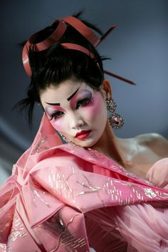 #christian dior #dior #couture #pink #geisha #john galliano #fashion show #runway #asian