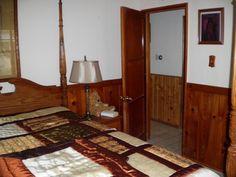 Prescott Diamond Retreat Wood Panel Bedroom Prescott,AZ 86303 Tel 928-227-1433