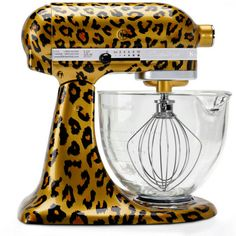 KitchenAid launches hand painted stand mixers for holidays