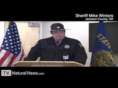 A compilation of sheriffs across the USA speaking out against the insanity of citizen disarmament. Includes sheriffs Richard Mack, Peyman and others.    Compiled by NaturalNews.com