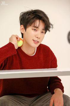 Dong Hae, Kim Dong, Drama Korea, Korean Drama, Korean Celebrities, Korean Actors, Kdrama Actors, Attractive Guys, Lee Jong Suk