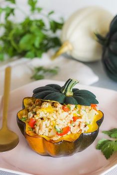 Nothing says autumn like a delicious #squashrecipe - This stuffed #acornsquash is a perfect #familymeal to enjoy during the fall. The mix of ground turkey, rice, red and yellow peppers, onions, and parsley complement the richness of the squash beautifully. #stuffedacornsquash #fallrecipe #fallrecipes Acorn Squash, Butternut Squash, Rice Stuffing, Squash Varieties, Baked Squash, Fall Dishes, Savoury Dishes, Ground Turkey, Main Meals