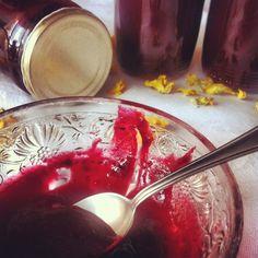 jakorybicka: višňová marmeláda Chocolate Fondue, Panna Cotta, Ethnic Recipes, Desserts, Food, Tailgate Desserts, Dulce De Leche, Deserts, Meals