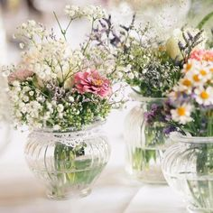 Oh flowers 😍 wir suchen bei Facebook den schönsten Brautstrauß https://m.facebook.com/annikarothfotografie/  #naturalwedding #flowers #fresh #beautifulflowers #deko #weddingdeko #weddingdecoration #weddinginspiration #ikea #saarbrücken #saarland #sanktwendel #weddingphotography #canon #adobe #availablelight #diy