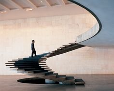 Jan Siefke Fotografie Braslia, interior staircase at the MInistry of Foreign Affairs