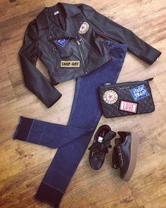 Outfit Shop Art Shop online www.eclataccessori.com Ordini WhatsApp 3476326021 #shopart #shoes #sneakers #shopping #shop #store #jacket #patch #bag #pochette #denim #jeans #outfit #beautiful #follow #follow4follow #instagood #instabest #instapic #instalike #instadaily