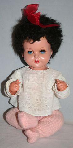 Splendida bambola di plastica dura Vintage  Made In Germany.