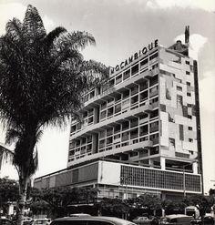 PRÉDIO MONTEPIO EM LOURENÇO MARQUES, ANOS 1960
