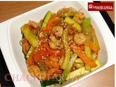 Fideos chinos con gambas y verduras (sin gluten)