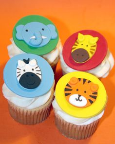 Fondant cupcake toppers Zoo Animals Zebra by HarrietsHouseofCakes Fondant Cupcakes, Tiger Cupcakes, Animal Cupcakes, Fondant Toppers, Cupcake Cookies, Safari Theme Party, Jungle Party, Jungle Theme, Circus Party
