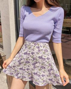 Nice purple sweater and floral skirtYou can find Floral skirts and more on our website.Nice purple sweater and floral skirt Cute Fashion, Look Fashion, 90s Fashion, Korean Fashion, Fashion Women, Fashion Ideas, Purple Fashion, Simple Fashion Style, Fashion Tips