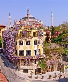 Travel Guide to Istanbul, Turkey | Hotel Empress Zoe