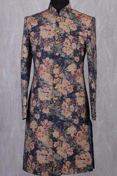 Vintage wedding suit for men menswear 31 Ideas Sherwani For Men Wedding, Sherwani Groom, Wedding Dress Men, Wedding Tops, Wedding Wear, Designer Suits For Men, Indian Designer Wear, Vintage Wedding Suits, Mens Ethnic Wear