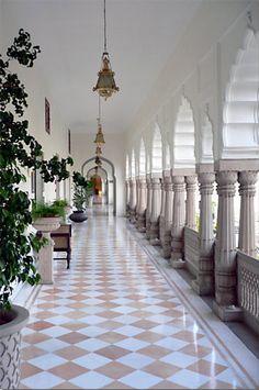 RamBagh Palace , Jaipur, India India Palace, Jaipur India, Palace Interior, Interior Garden, Interior Ideas, Middle Eastern Decor, Palace Hotel, Royal Palace, Best Kitchen Design