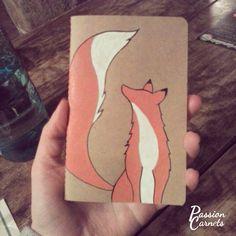 Passion Carnets - Renard dessiné au Posca sur un carnet. Fox and notebook.