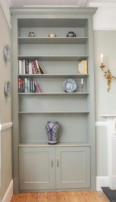 Grey fitted alcove cabinets - Jennings-Bramly Furniture Ltd #Furnitureideas Alcove Storage Living Room, Living Room Cupboards, Alcove Bookshelves, Alcove Shelving, Bookcases, Fireplace Bookshelves, Alcove Cupboards, Built In Cupboards, New Living Room
