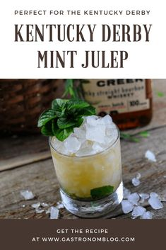 Kentucky Derby Mint Julep - perfect for the horse race with mint simple syrup, crushed ice and bourbon. Kentucky Derby Mint Julep - perfect for the horse race with mint simple syrup, crushed ice and bourbon. Derby Mint Julep Recipe, Classic Mint Julep Recipe, Easy Drink Recipes, Best Cocktail Recipes, Yummy Drinks, Cocktail Ideas, Bar Drinks, Classic Cocktails, Fun Cocktails