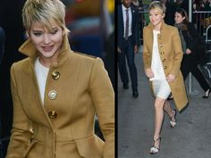 Jennifer Lawrence has such great style. Case in point: this camel coat.