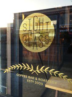 Storefront Signage, Restaurant Signage, Window Signage, Restaurant Design, Coffee Shop Signage, Hipster Coffee Shop, Op Art Lessons, Secret Bar, Store Window Displays