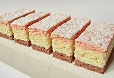 Citromhab: Háromszínű sütemény Hungarian Desserts, Hungarian Recipes, Hungarian Food, Cake Recipes, Dessert Recipes, Sweet Cookies, Creative Cakes, Vanilla Cake, Cupcake