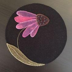 WOOL Purple coneflower by Grannys Legacy Patterns