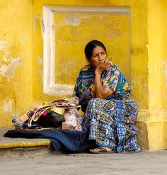 Mayan Woman in Antigua, Guatemala Tikal, Guatemalan Art, Atitlan Guatemala, You Make Beautiful Things, Guatemala City, Mexico Culture, People Of The World, Women Life, Central America