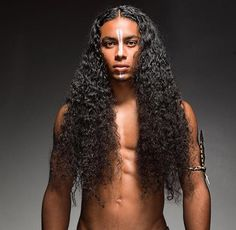 to Stimulate Hair Growth Naturally - Stylendesigns Men with very long hair.Men with very long hair. Natural Hair Men, Natural Hair Growth, Natural Hair Styles, Long Hair Styles, Cool Hairstyles For Men, Afro Hairstyles, Haircuts For Men, Curly Hair Types, Long Curly Hair