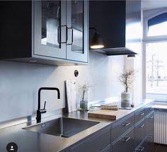 Box  Ett vackert kök - Tibrokök - Bistro - Antracitgrå - Grå - Beslagdesign - Gaggenau - Nivito - Fjäråskupan
