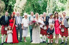 English country wedding: http://www.stylemepretty.com/2014/08/14/english-country-garden-wedding/ | Photography: http://www.wookiephotography.com/
