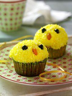 Easter Cupcakes, Easter Cookies, Yellow Cupcakes, Childrens Cupcakes, Norwegian Food, Cupcake Frosting, Food Humor, Easter Recipes, Something Sweet